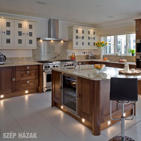 Lakberendez si tippek sz p h zak online for State of the art house designs